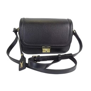 C1811003 PEBBLE LEATHER SHOULDER BAG