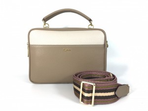 5025 PEBBLE LEATHER TOP-HANDLE DOUBLE ZIP CAMERA BAG