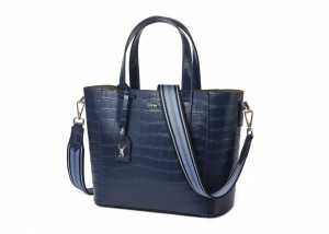 192079 CROC EMBOSSED LEATHER TOTE BAG